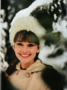 audrey-hepburn-december-postcards-from-far-away-smile-smiling-snow-favim-com-89740